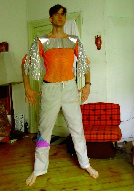 spt in costume